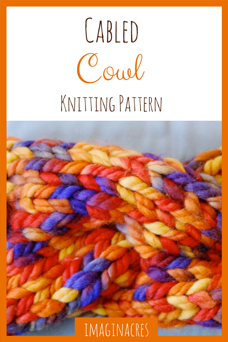 This cowl knitting pattern is completely free and super fast to knit up. It's perfect for a last minute gift!