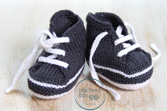We've all seen patterns for baby booties, but these baby sneakers are to die for! The little laces really add to the style!