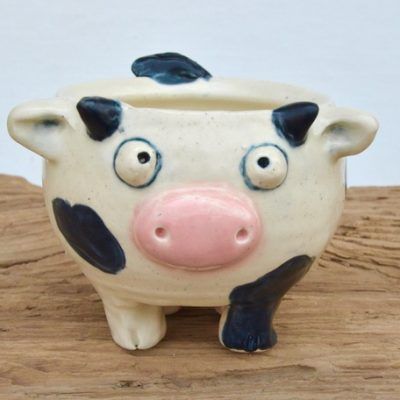 Bessie the cow mug is itching to come home with you! She'll be sure to make you smile each and every morning!